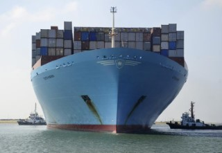 Container ship Edith Maersk crosses the Suez Canal at East Port Said Port, 120 km (75 miles) northeast of Cairo, October 5, 2012. REUTERS/Stringer (EGYPT - Tags: TRANSPORT BUSINESS)